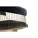 Sillón de diseño tapizado en terciopelo negro y estructura color oro