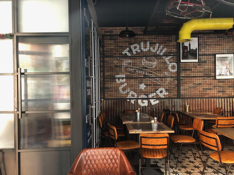 Burger Trujillo Singular Market Madrid Hostelería