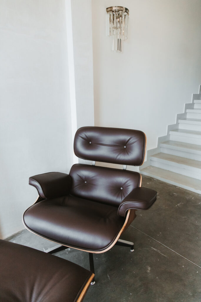 butaca lounge chair marrón de singular market